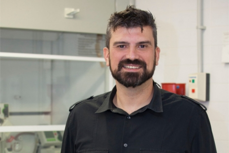 Iván Mora-Seró, researcher at the University Institute of Advanced Materials (INAM)