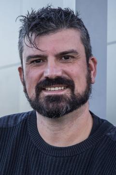 Iván Mora-Seró's picture